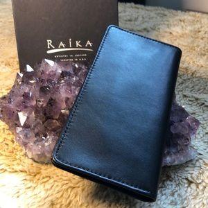 Checkbook Cover RAIKA - Black Leather
